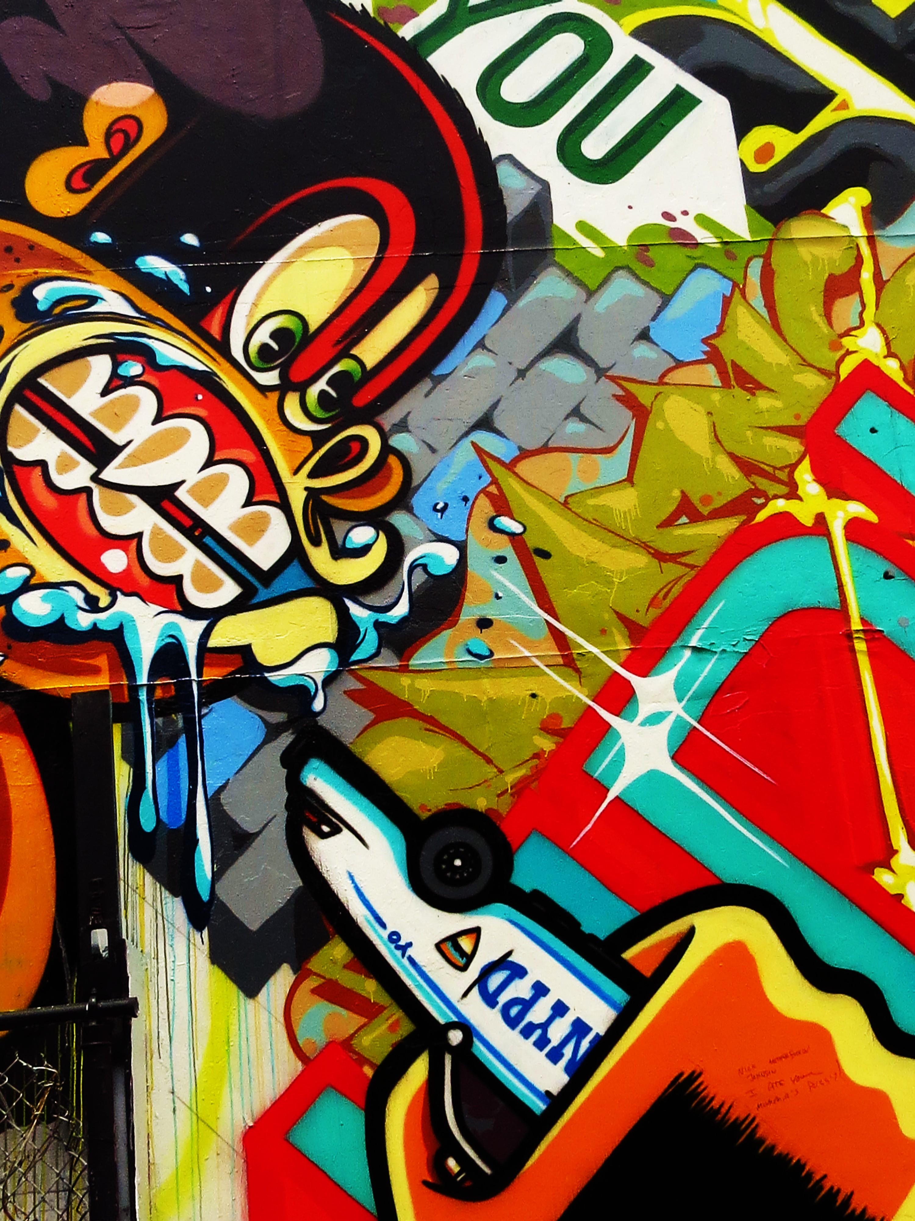 Revok and pose tokidoki nomad for Comic book mural
