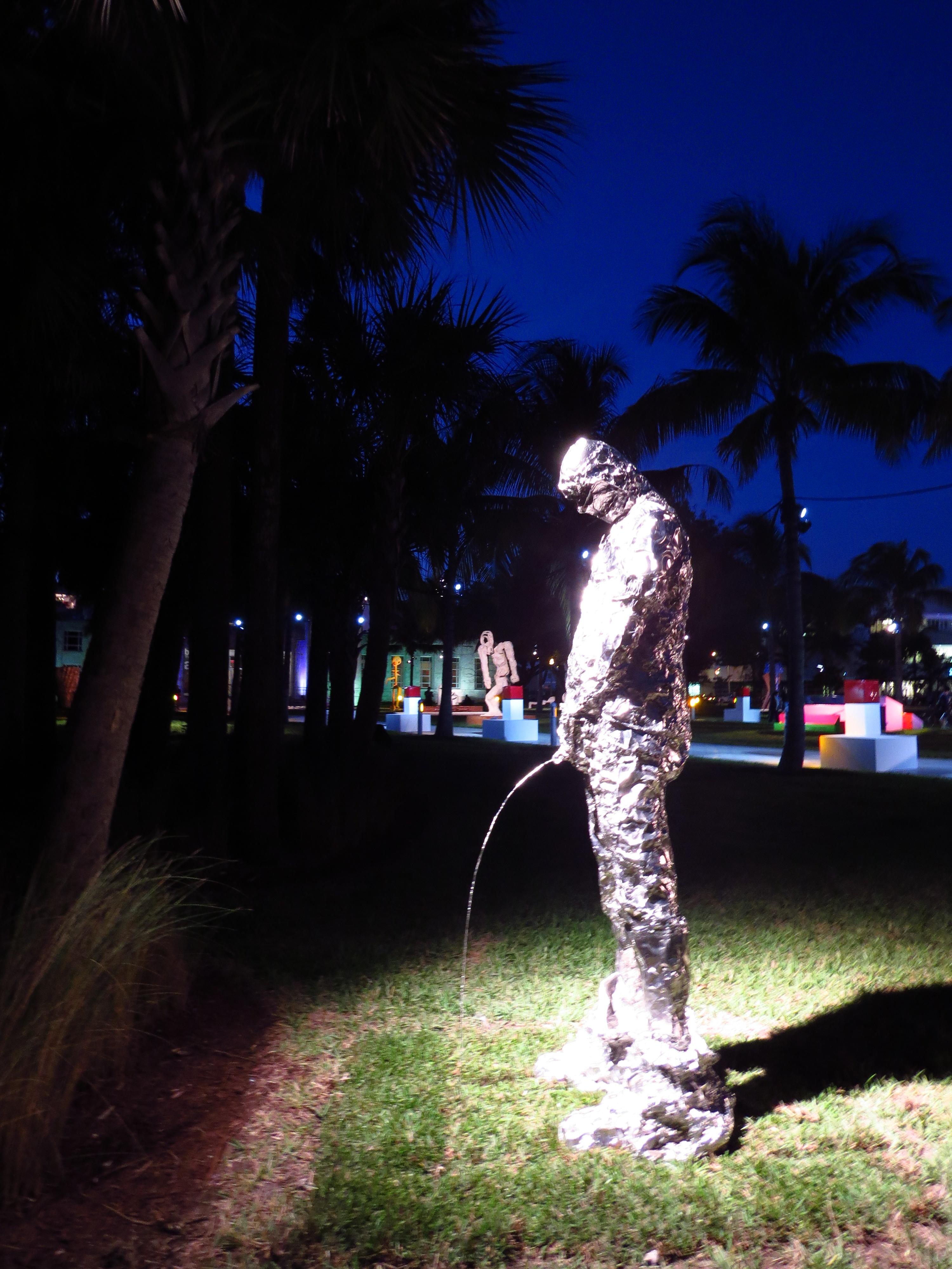 MIAMI STREET ART NIGHTTIME IS THE RIGHT TIME TOKIDOKI NOMAD
