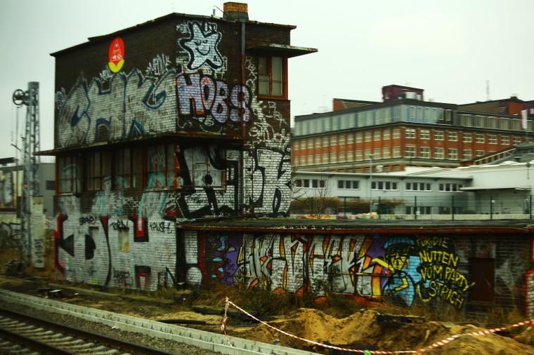 train 032