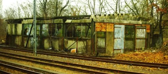 train 048