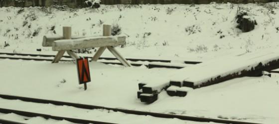 train 098