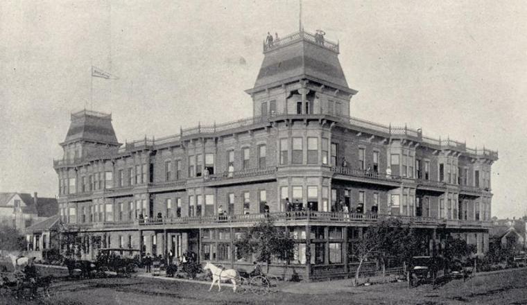 sdut-bay-view-hotel-1889-after-it-20160824