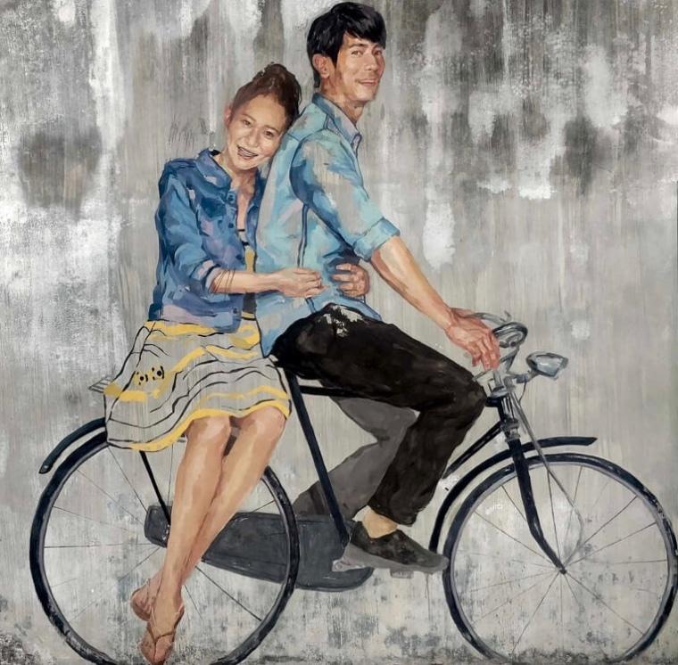 couple+bicycle+graffiti+streetart+penang+malaysia-